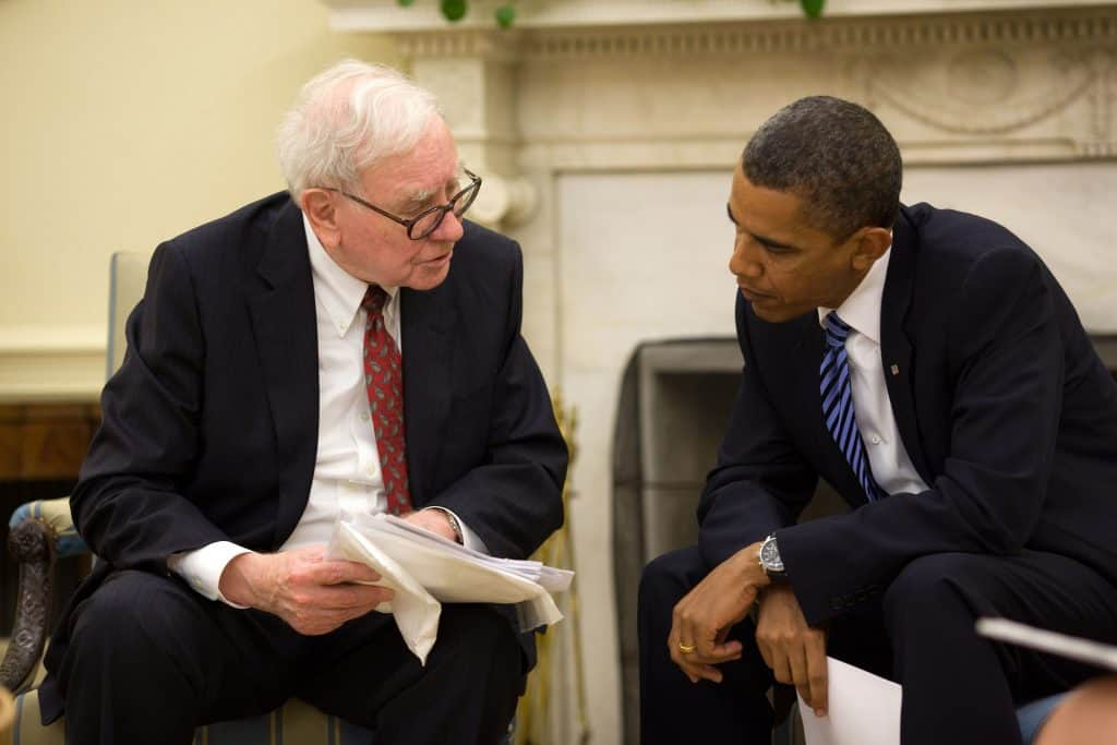 Barack Obama and Warren Buffett in 2010