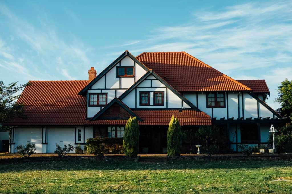 Financial Freedom: Invest in real estate for more returns
